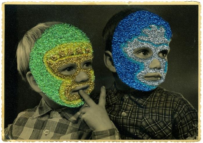 2 enfants bleu vert